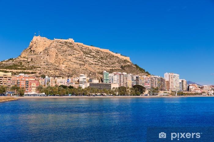 Fototapeta winylowa Alicante Plaża Postiguet i zamek Santa Barbara w Hiszpanii - Wakacje