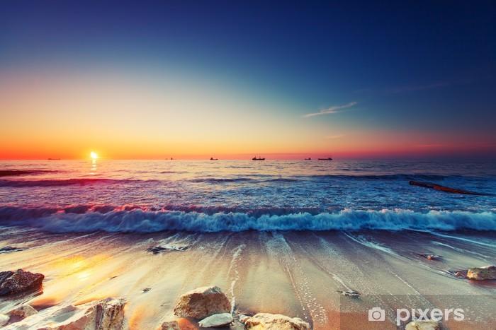 Fotomural Estándar La salida del sol sobre el mar - Temas