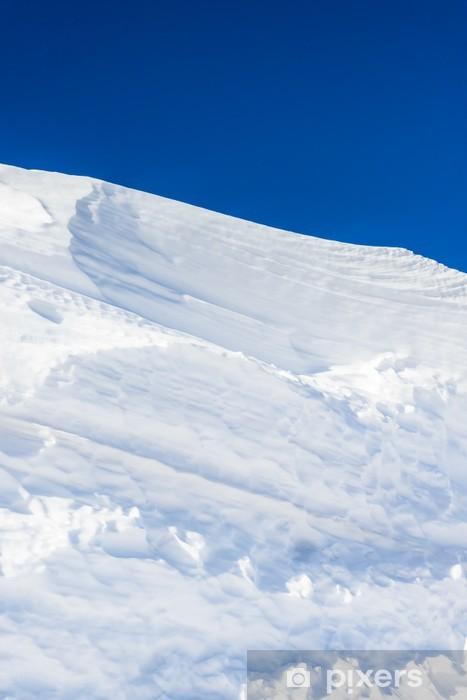 Sticker Pixerstick Grand monticule de neige de la neige blanche fait le vent pur - Campagne