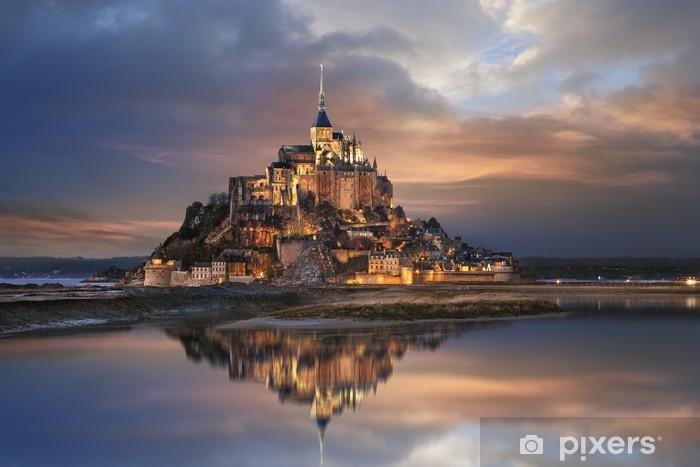 Papier peint vinyle Le Mont Saint Michel - Thèmes
