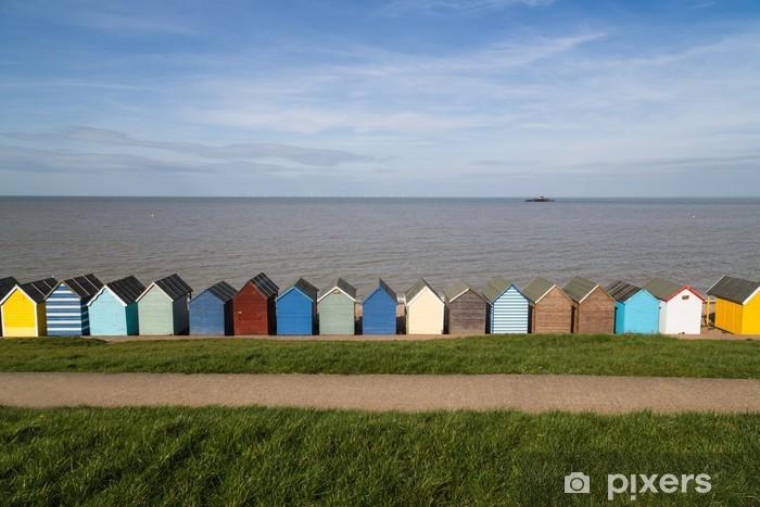 Fototapeta winylowa Plaży domków wzdłuż wybrzeża w hrabstwie Kent - Wakacje