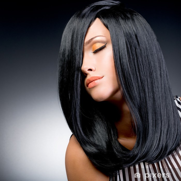 4c7235124a Fotomural Estándar Hermosa mujer morena con el pelo liso largo y negro