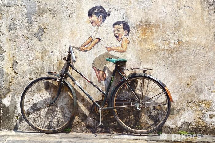 """Afwasbaar Fotobehang """"Kleine kinderen op een Fiets"""" Mural. - Wielersport"""