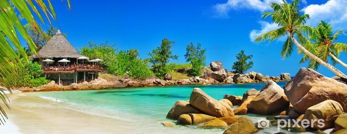 Fototapeta winylowa Luksusowy tropikalne wyspy Seszeli - wakacje - Palmy