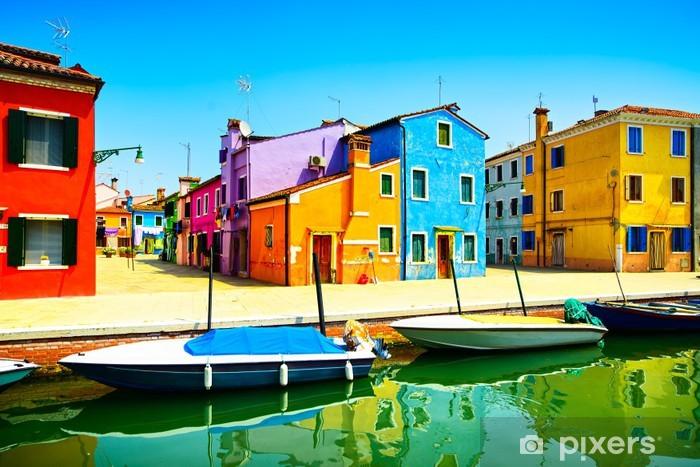 Fototapeta winylowa Wenecja góry Wyspa Burano kanał, kolorowe domy i łodzie, - Tematy
