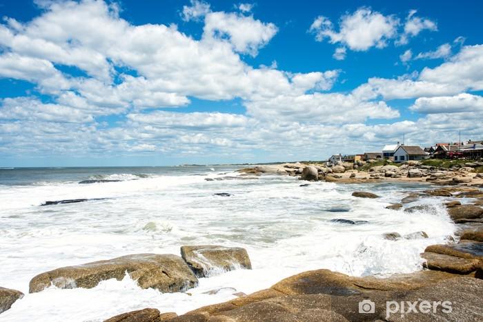 Fototapeta winylowa Punta del Diablo plaża, popularnym miejscem turystycznym w Urugwaju - Ameryka