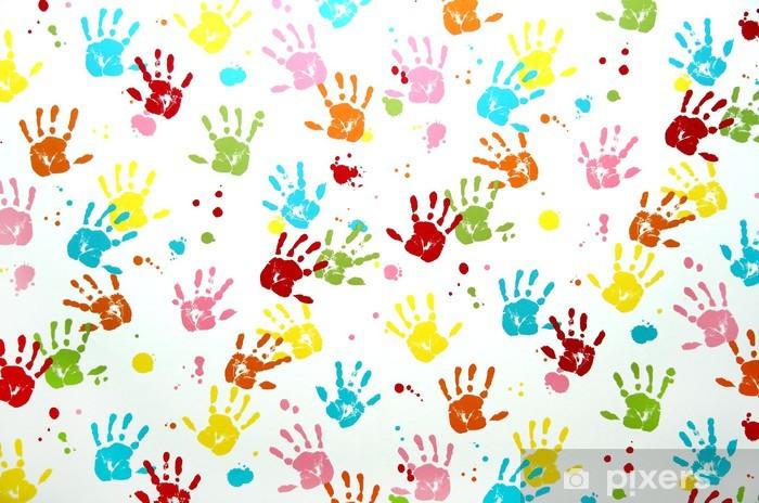 Papier Peint Enfants Colores Imprimer Main Sur Un Mur Pixers Nous Vivons Pour Changer