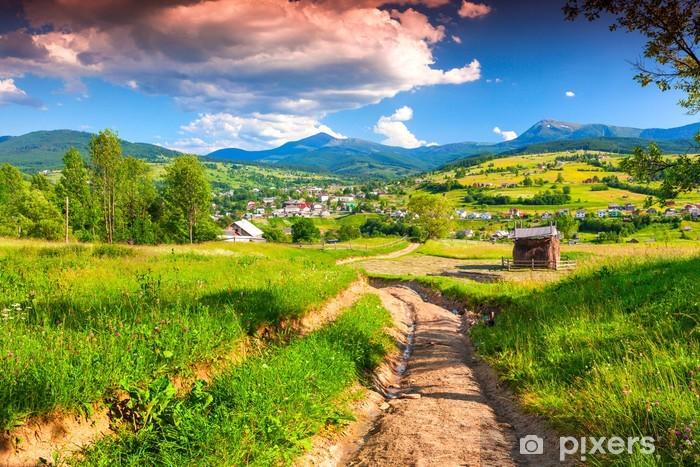 Pixerstick Sticker Mooie zomer landschap in de bergen dorp - Thema's