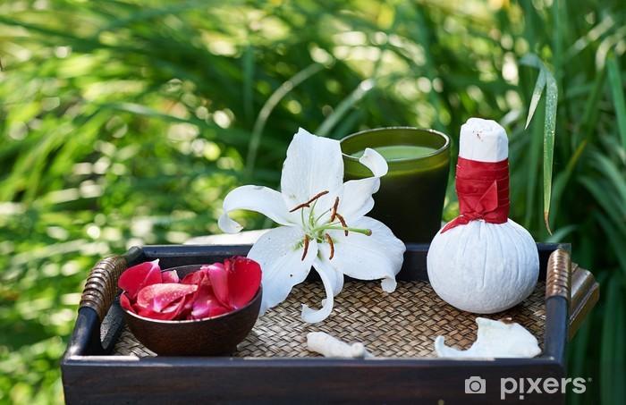 Naklejka Pixerstick Spa w ogrodzie - Uroda i pielęgnacja ciała