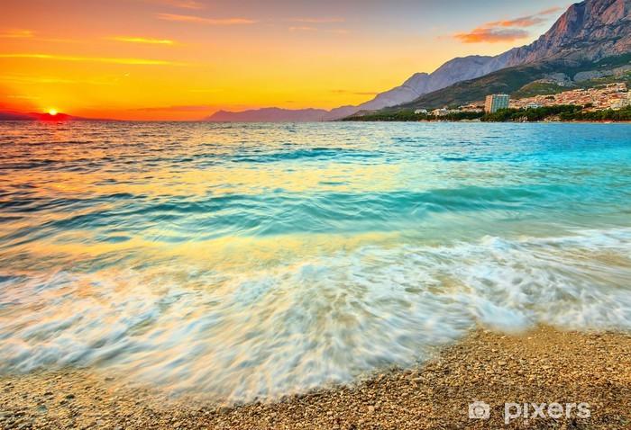 Papier peint lavable Magnifique coucher de soleil sur la mer, Makarska, Croatie - Thèmes