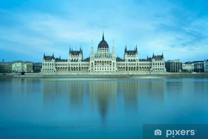 Papier peint vinyle Budapest parliament building - Europe
