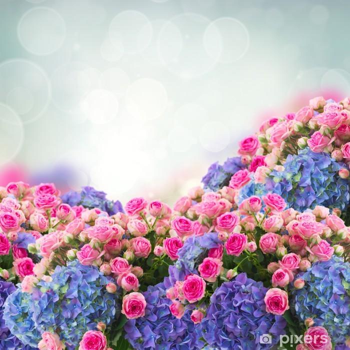 Papier peint vinyle Bouquet de roses et de fleurs d'hortensia - Fleurs