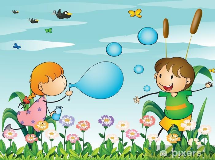 Fototapeta Dzieci bawiące się w ogrodzie z dmuchanie baniek • Pixers® -  Żyjemy by zmieniać