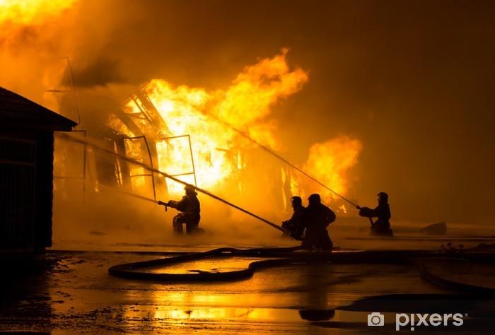 Papier peint vinyle Pompiers au travail - Métiers