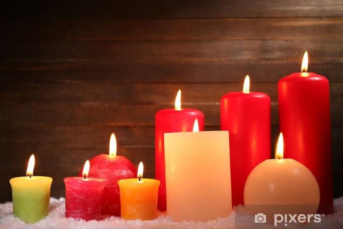 Naklejka Pixerstick Płonące świece na drewnianym tle - Święta międzynarodowe