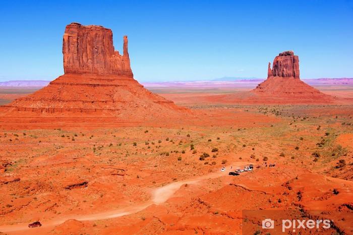 Fototapeta winylowa Słynny widok na dziki zachód Monument Valley, Arizona, USA - Pustynia