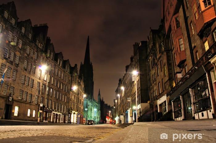 Fototapeta winylowa Nocny widok na Royal Mile, Edynburg, Szkocja - Tematy