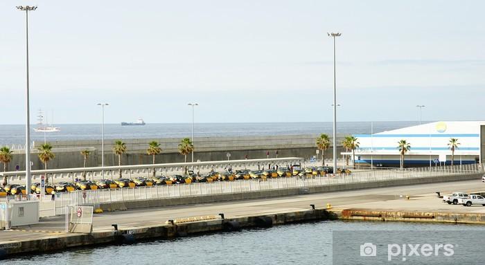 Vinilo Pixerstick Muelle y Estación Marítima en el puerto de Barcelona - Infraestructuras