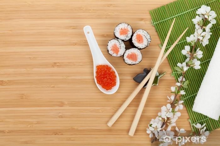 Vinyl-Fototapete Sushi-Set, Kaviar und frischer Sakura-Zweig - Sushi