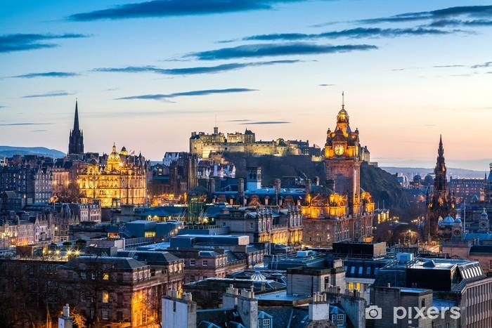 Fototapeta samoprzylepna Edinburgh Evening Skyline HDR - Tematy