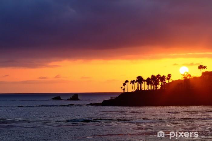 Fototapeta winylowa Laguna Beach słońca - Palmy