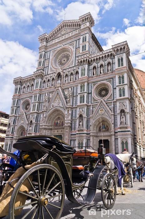Papier peint vinyle Calèche en face de la cathédrale de Florence, Toscane - Europe