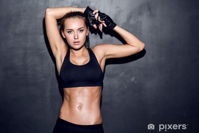 Papier peint vinyle Fitness femme jeune - Destin