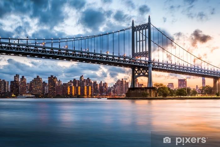 Fototapeta winylowa Robert F. Kennedy Bridge o zachodzie słońca - Tematy