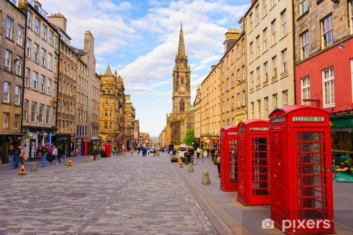 Vinyl Fotobehang Uitzicht op straat van Edinburgh, Schotland, Groot-Brittannië - Thema's