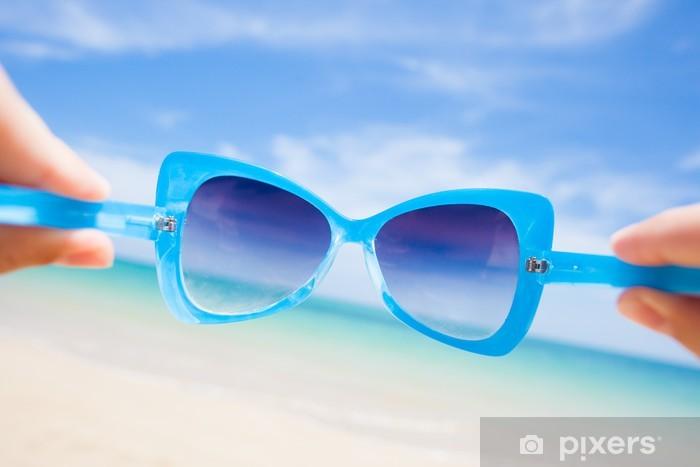 Vinylová fototapeta Zblízka fantazie sluneční brýle. slunné pláži v Thajsku - Vinylová fototapeta