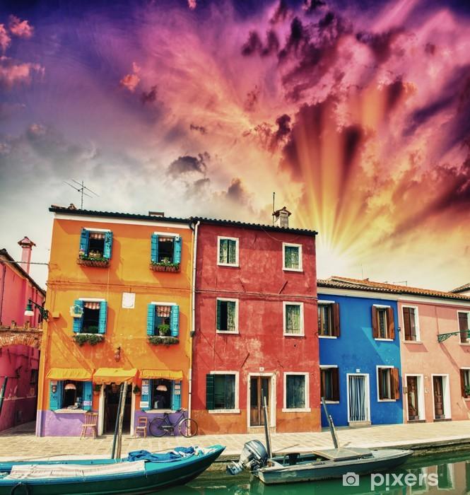 Fotomural Estándar Casas coloridas de Burano en la provincia de Venecia - Vida