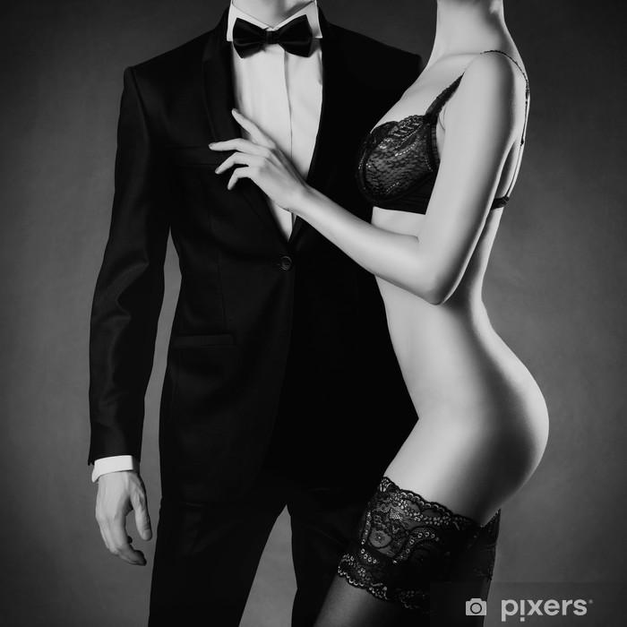 Papier peint vinyle Couple sensuel - Sous-vêtements