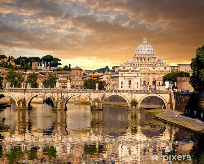 Papier peint vinyle Basilica di San Pietro avec pont au Vatican, Rome, Italie - Thèmes