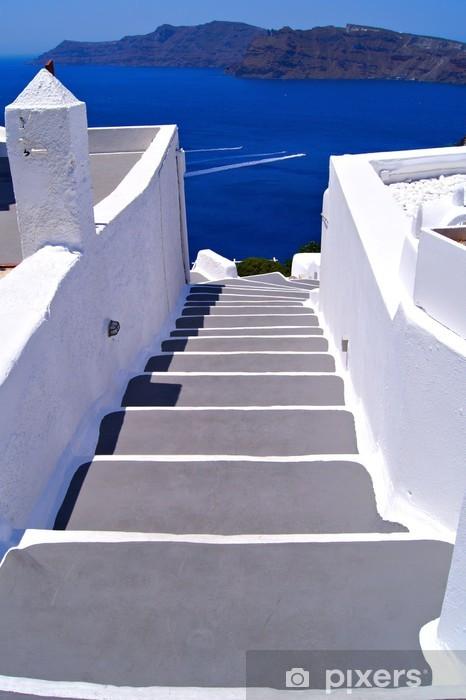 Naklejka Pixerstick Klasyczne białe schody w kierunku morza w Santorini, Grecja - Tematy