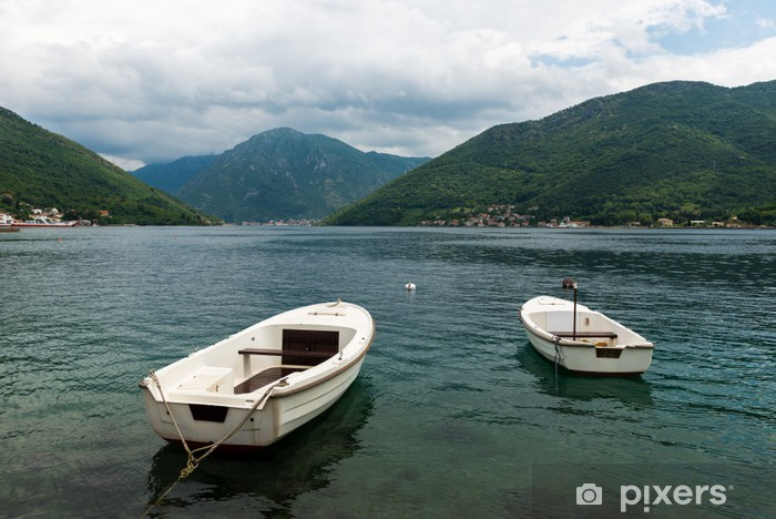 Fototapeta winylowa Perast, Czarnogóra - Woda
