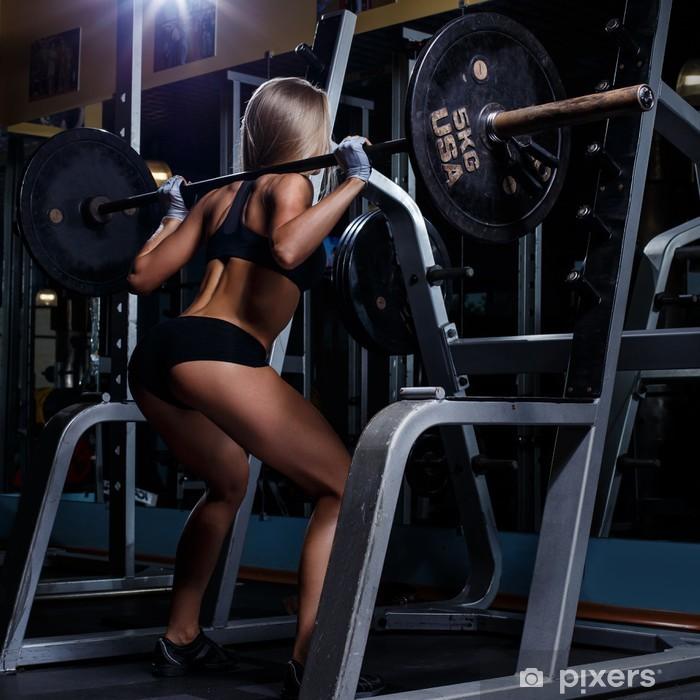 Fototapeta winylowa Piękne dziewczyny na siłowni - Przeznaczenia