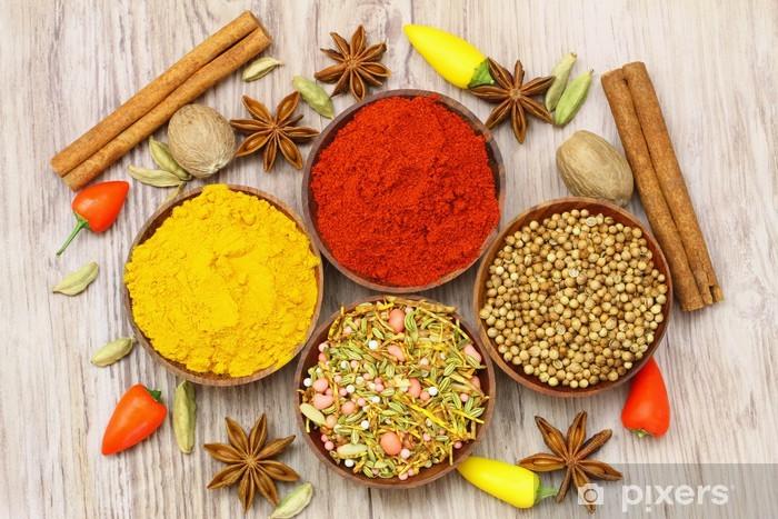 Valikoima intialaisia mausteita, lähikuva Vinyyli valokuvatapetti - Themes