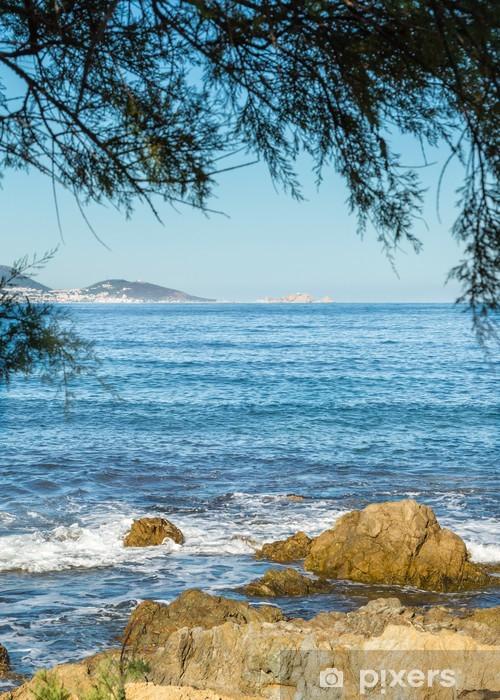 Naklejka Pixerstick L'Ile Rousse widziane z pustyni des Agriates w Korsyka - Europa