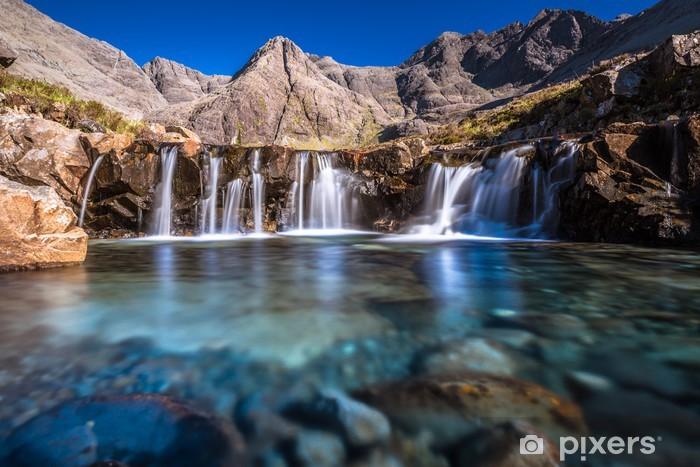 Fototapeta winylowa Turkusowe baseny w Szkocji - Tematy