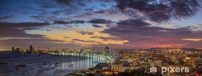 Fototapeta winylowa Pattaya City Beach - Pejzaż miejski