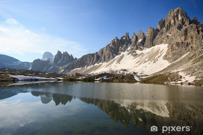 Fototapeta winylowa Plany Lake (Dolomity) - Europa