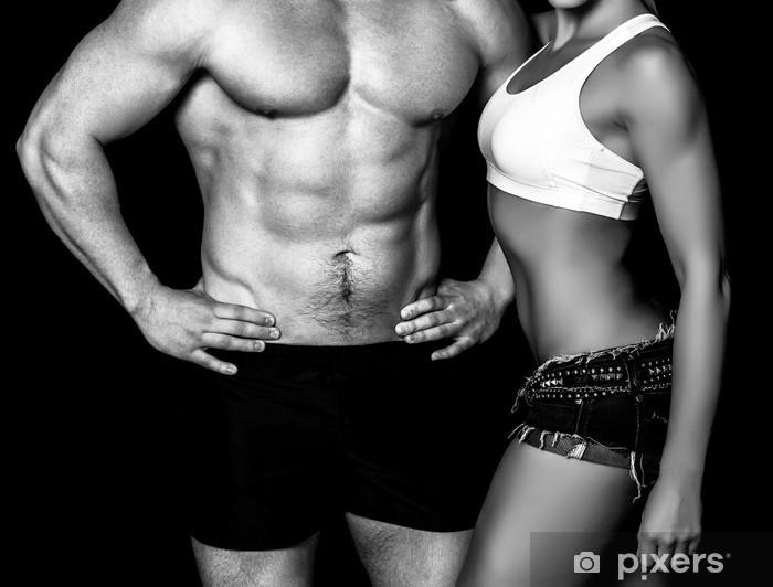 Fototapeta winylowa Silna kobieta i mężczyzna na czarnym tle - Przeznaczenia