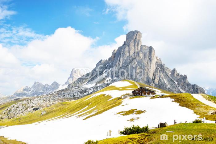 Naklejka Pixerstick Włoski Dolomiti - ładny widok panoramiczny wysokich górach - Góry