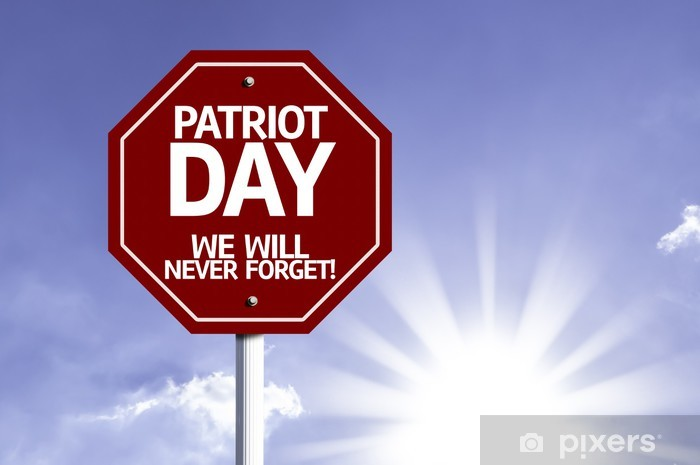Fotomural Estándar Día de los Patriotas, nunca olvidaremos cartel rojo con fondo de sol - Fondos