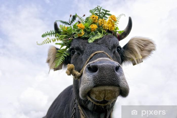 Cow queen with flower crown Vinyl Wall Mural - Mammals