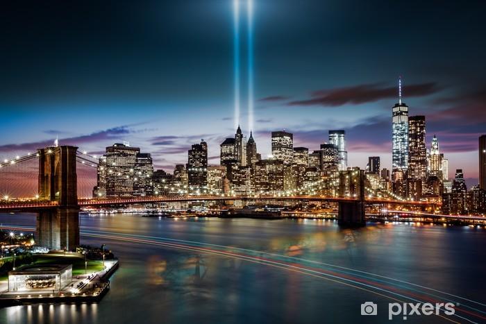 Fototapeta winylowa Hołd w światła pomnika na 11 września 2014 - Tematy