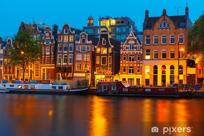 Fototapeta winylowa Wgląd nocy miasto Amsterdam kanał z domów Holenderski - Miasta europejskie