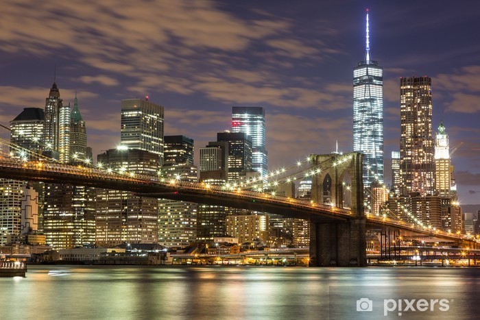 Brooklyn Bridge and Downtown Skyscrapers in New York at Dusk Pixerstick Sticker -
