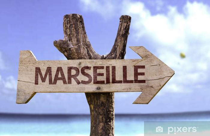 Pixerstick Sticker Marseille houten bord met een strand op de achtergrond - Achtergrond
