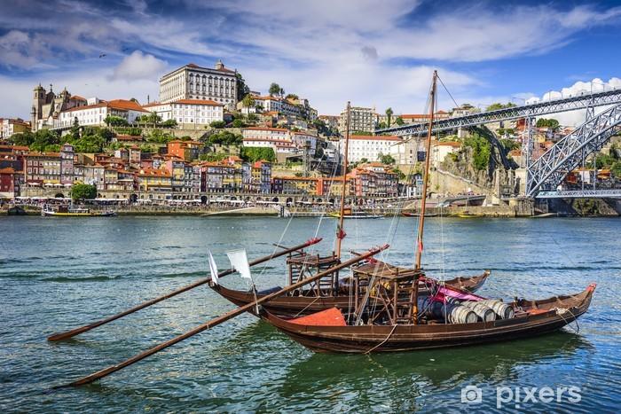 Vinilo Pixerstick Oporto, Portugal paisaje urbano - Europa